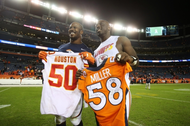 8929359-justin-houston-von-miller-nfl-kansas-city-chiefs-denver-broncos